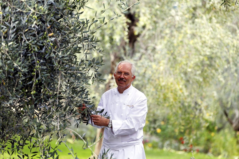 Jacques Chibois, chef étoilé à la Bastide Saint Antoine.