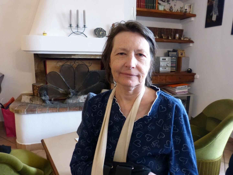 Un poignet plâtré et elle doit essuyer les plâtres ! Depuis mi-septembre, Laure Bezian Gilardot demande en vain l'aide ménagère à laquelle elle a droit et surtout grandement besoin.