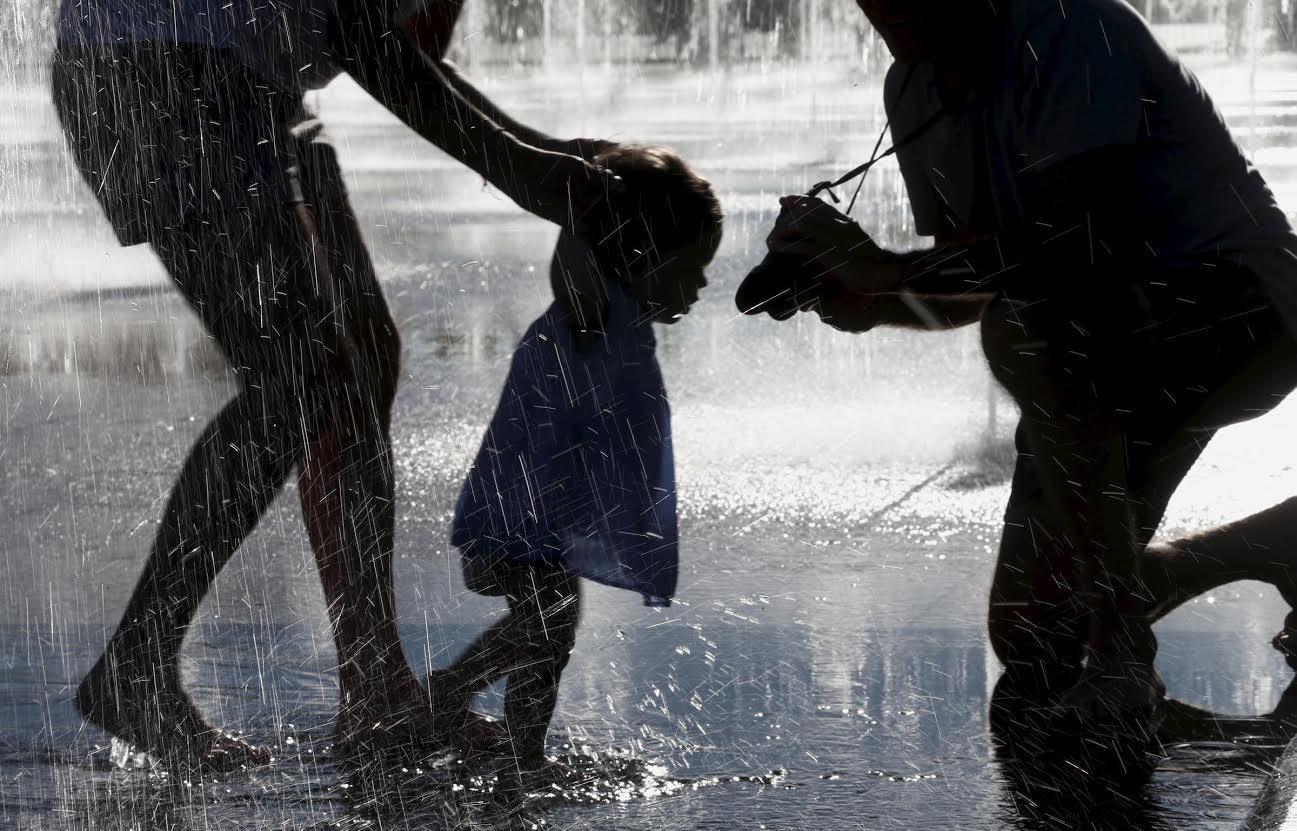 Le miroir d'eau de la Promenade du Paillon