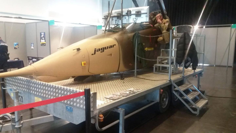 Les représentants  des armées, de  la police et la gendarmerie ont présenté leurs missions.  Le simulateur de vol, celui d'un avion de chasse Jaguar,  n'a pas désempli  de toute la journée.