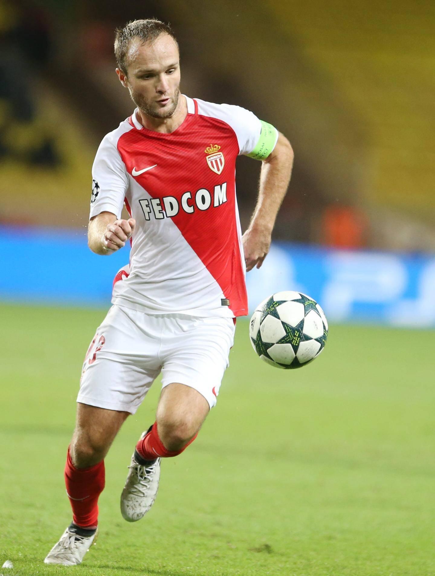 26 matches, 8 buts mais signalé seulement 4 fois hors-jeu en Ligue 1.