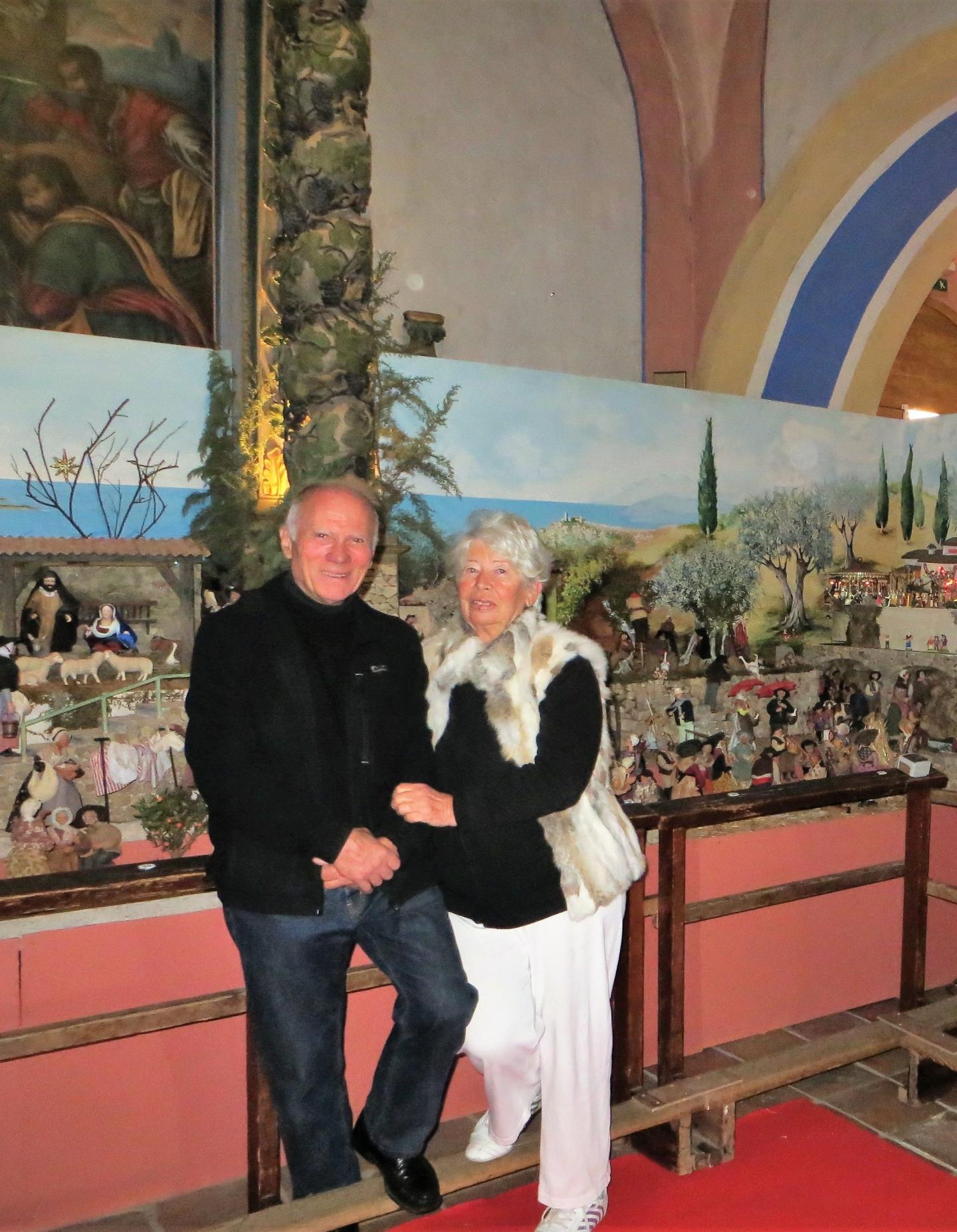 Jacques et Jacqueline Cessin, les heureux parents de cette somptueuse crèche.