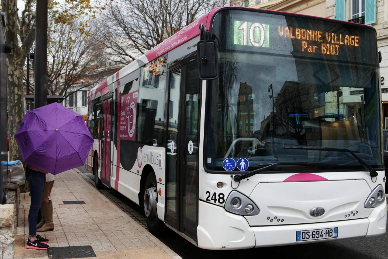 Actuellement, six voyageurs sur dix achètent leur titre de transport en montant dans le bus.