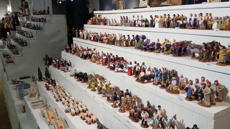 L'expo-vente de santons, à l'Espace culturel, rassemble des milliers de pièces façonnées par les meilleurs créateurs provençaux.