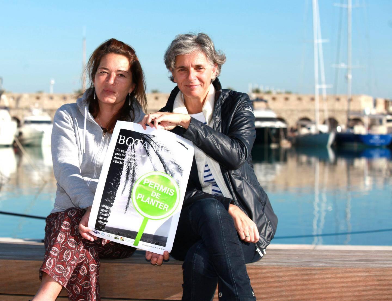 Hélène Granouillac, présidente de Terre Bleue, avec Hélène.