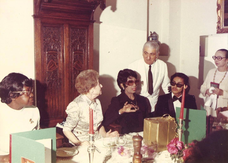 Joséphine Baker au CCAS de Roquebrune-Cap-Martin, à l'occasion du repas des anciens, au début des années 70.