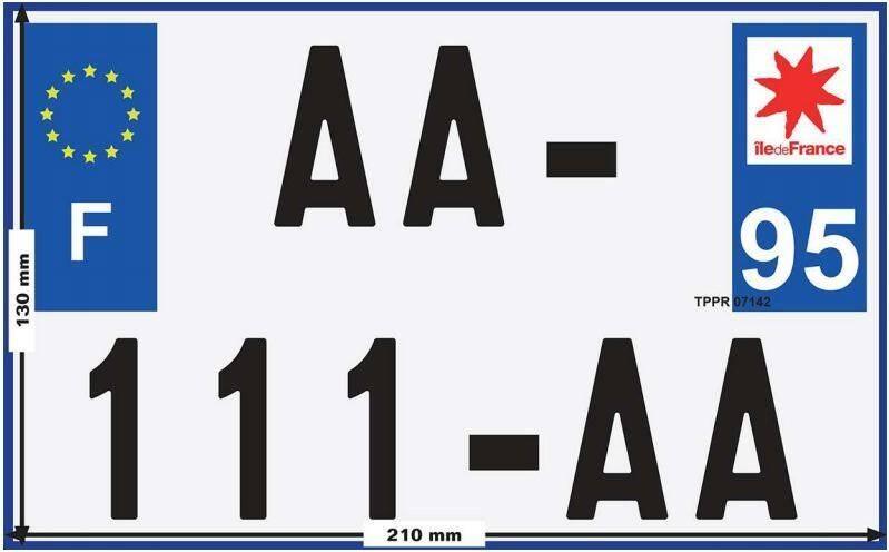 La nouvelle plaque d'immatriculation de 210 x 130 millimètres