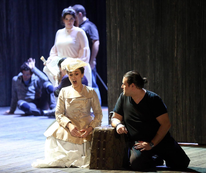L'opéra de Massenet, joué pour la première fois en 1884, s'inspire du roman de l'Abbé Prévost.