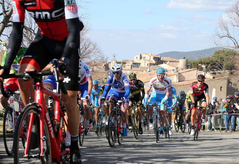 La 49e édition du Tour du Haut Var-matin a été moins plébiscitée que d'ordinaire à Draguignan. Pour autant, le duel entre Vichot et Dumoulin a passionné les amateurs de petite reine.