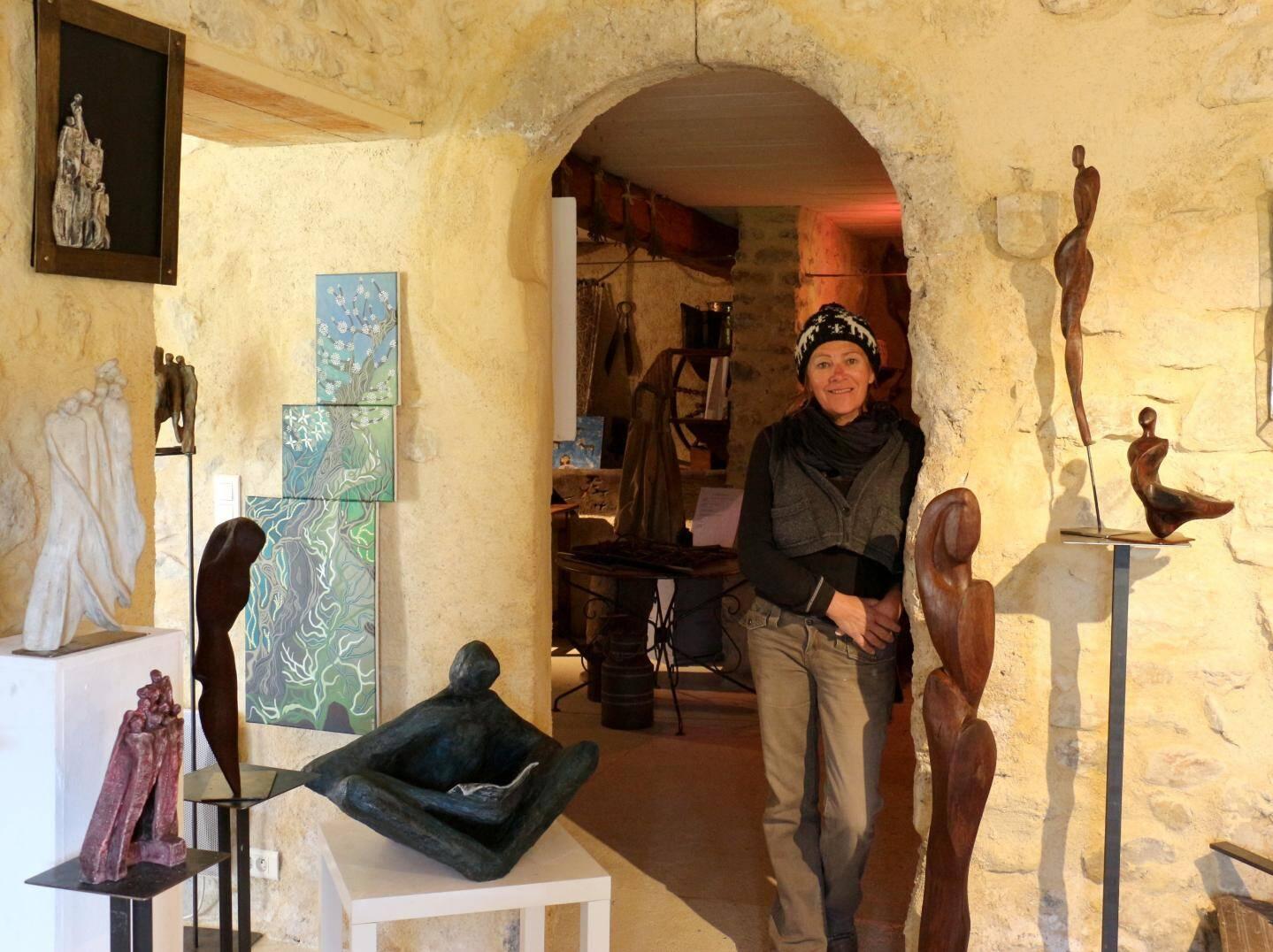 Christel Schlierkamp dans son atelier-galerie.