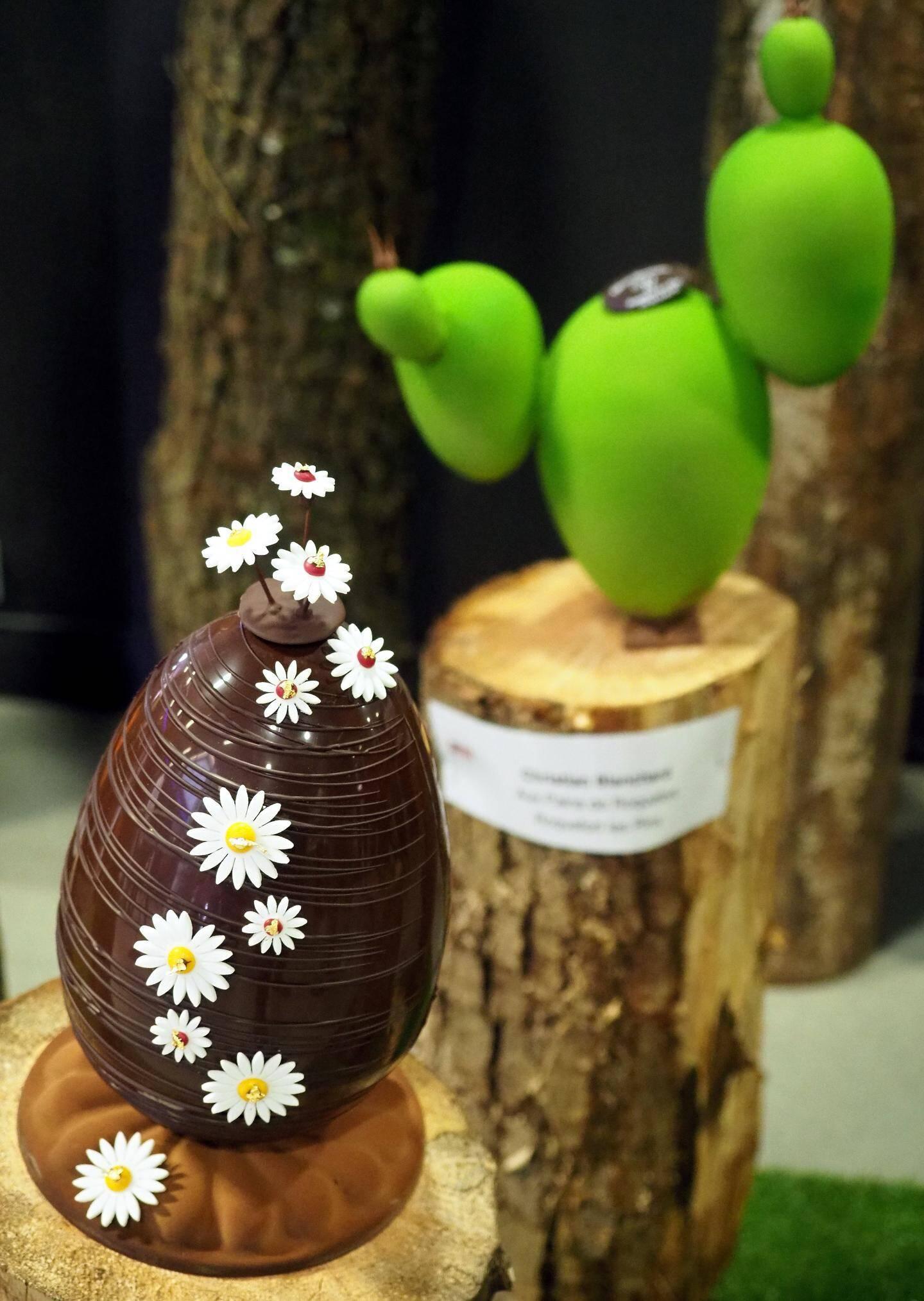Trente-deux chefs pâtissier et chocolatiers exposent leur travail à Villeneuve et Cagnes jusqu'au 20 avril. Le thème de Villen'oeuf expo et Art'oeufs ? Le poisson d'avril.