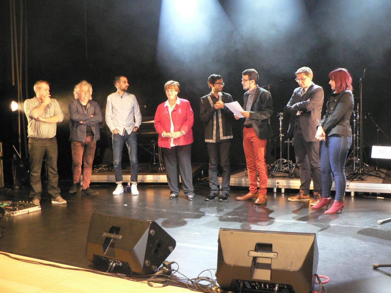 Les membres du jury présenté par Cely Gaddacha.