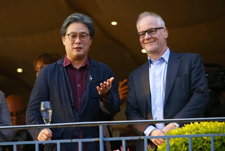 Le réalisateur coréen Park Chan-wook (à gauche) avec Thierry Frémaux, délégué général du FIF.