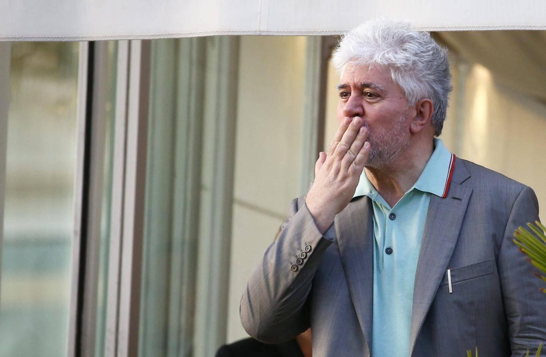 Le réalisateur espagnol Pedro Almodovar à son hôtel.