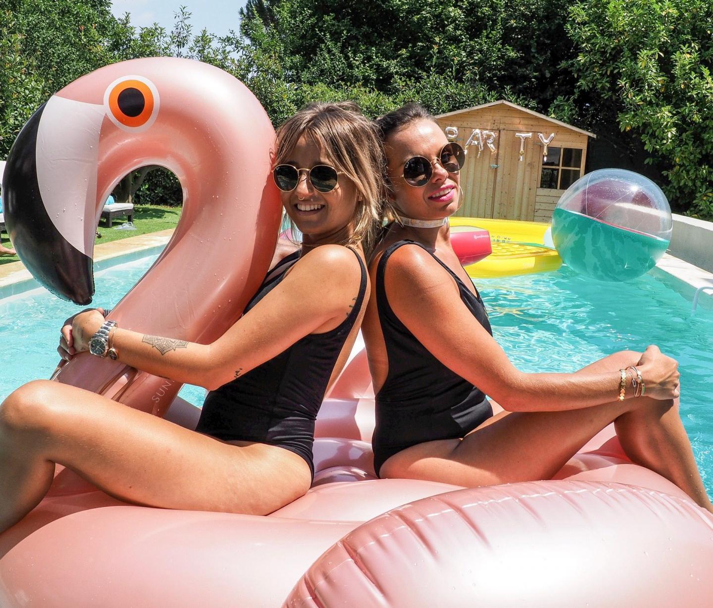 La blogueuse Noholita et Audrey Lieutaud ont collaboré sur une collection de maillot de bain.