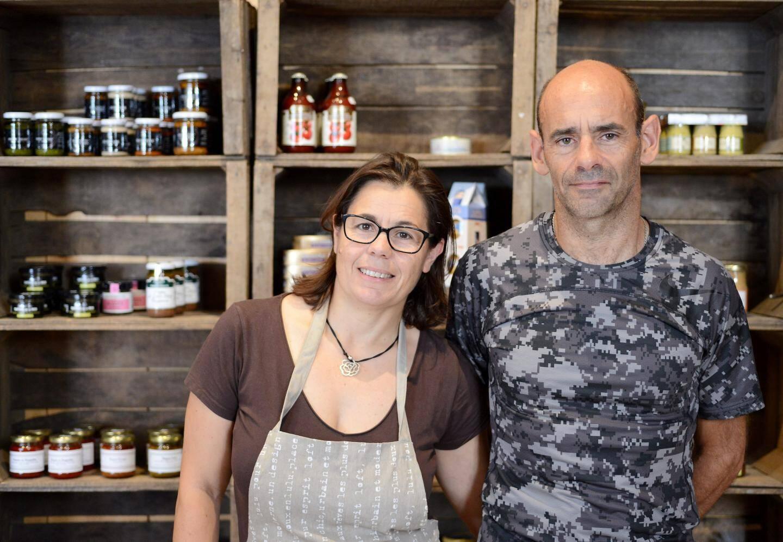 Serge et Marion, nouveaux commerçants de Saint-Martin-Vésubie.