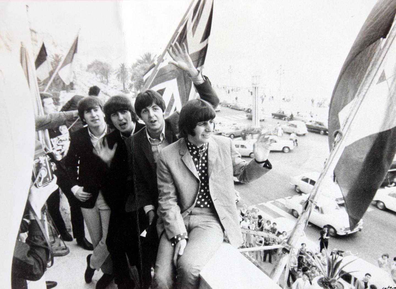 John Lennon, Ringo Starr, George Harrison et Paul McCartney, le 30 juin 1965, au karting de La Siesta.
