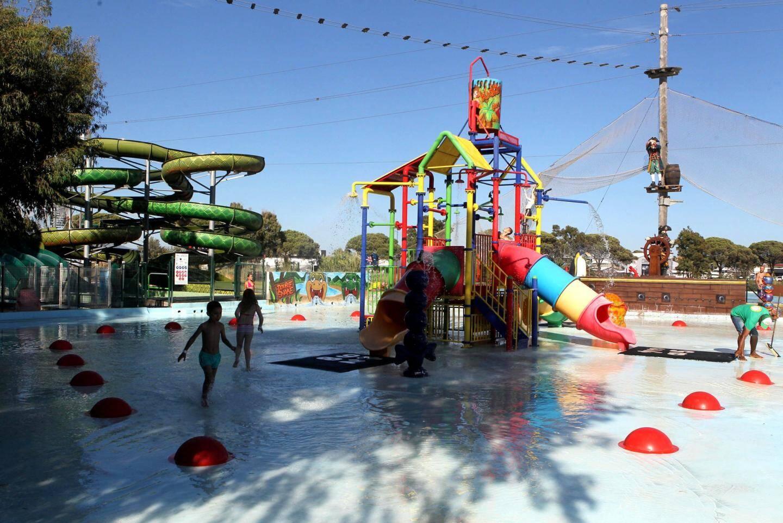 L'espace aquatique de Kiddy Parc vous offrira une pause fraîcheur.