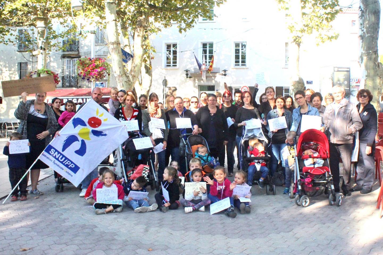 Représentants des parents d'élèves, élus et représentant syndical restent mobilisés.