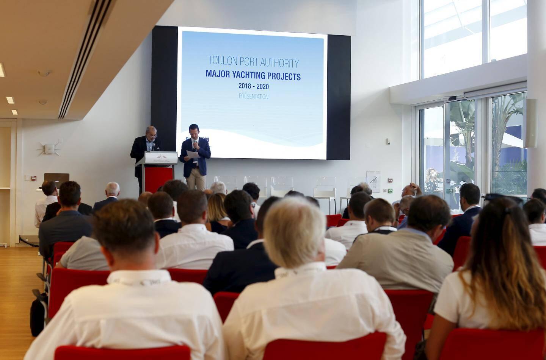 Robert Cavanna, vice-président de la communauté d'agglomération Toulon Provence Méditerranée a dévoilé, hier à Monaco, quelques projets pour l'avenir de la rade de Toulon.