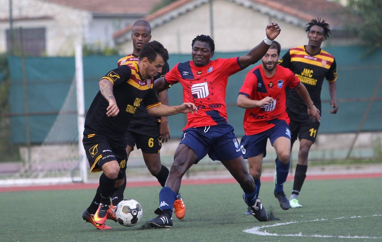Didier M'Bonga et les Cagnois s'étaient imposés 1-0 la saison dernière à domicile, avant de s'incliner 4 buts à 2 au match retour.  (Archives Sebastien Botella)