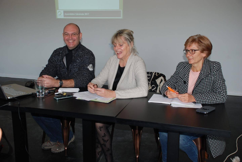 Philippe Moulié, trésorier, Claudia Gérard, présidente, Christine Labbé, secrétaire.