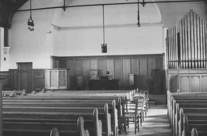 Ce temple écossais ouvre ses portes en juillet 1891.