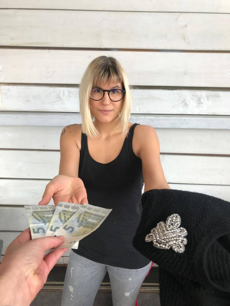 Lucie 25 ans, Toulon