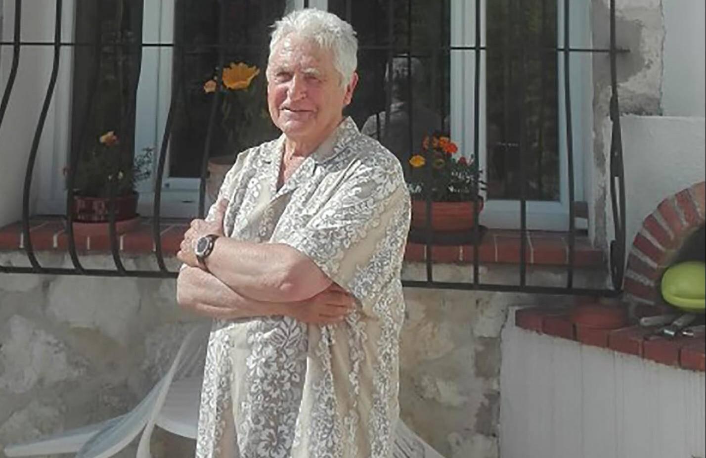 Raymond Pouzergues, diplômé d'astronomie et ancien prof de maths a eu l'idée, dans les années 1990, de créer un parc de cadrans solaires au cœur du Col de Vence.