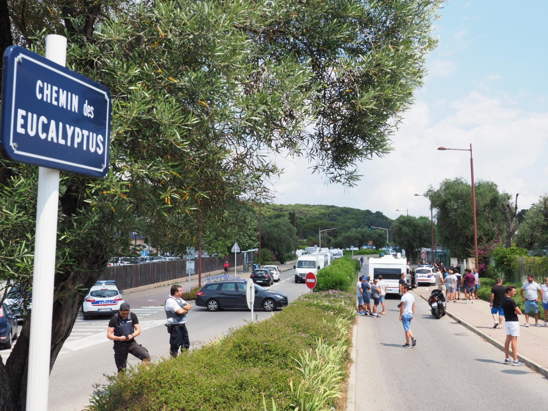 Les gens du voyage bloqués à Antibes.