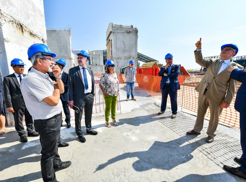Le ministre d'État a effectué, hier matin, une visite en compagnie des conseillers de gouvernement Marie-Pierre Gramaglia et Jean Castellini et d'Albert Croési, délégué à ce dossier.