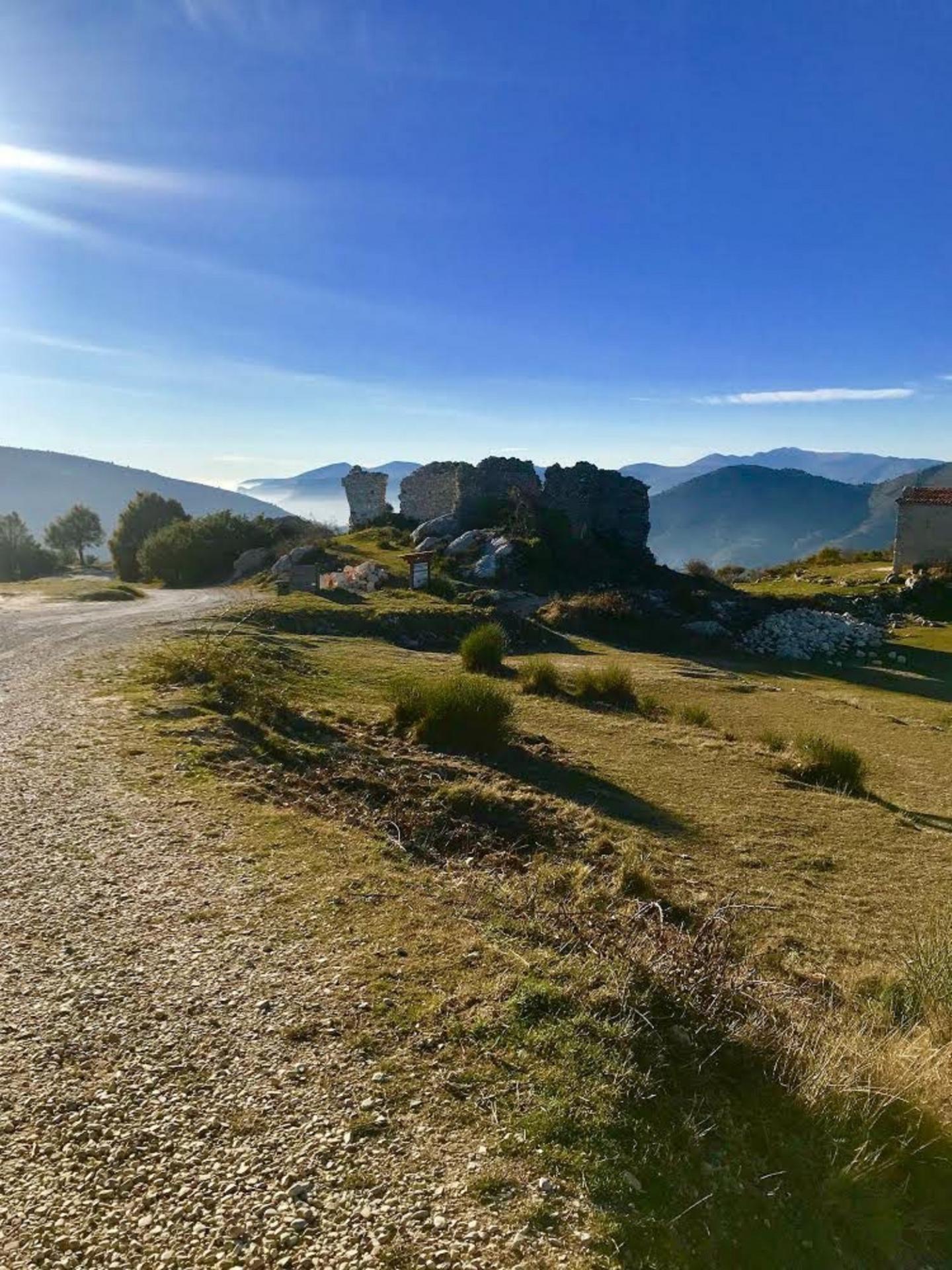 À proximité des ruines de Castel Nuovo.