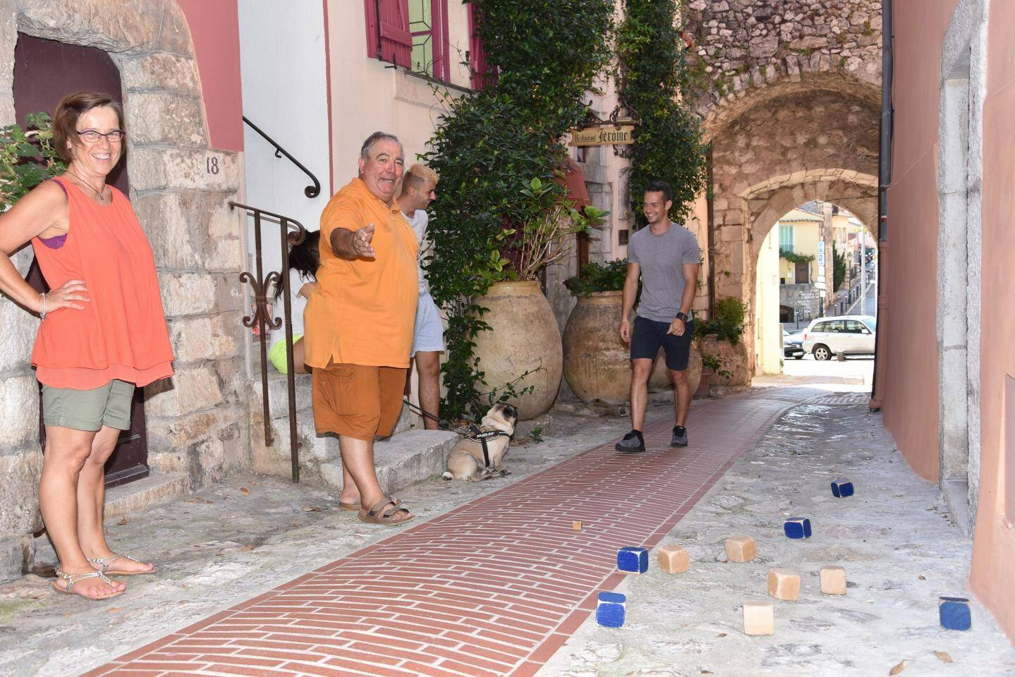 Gagnant indétrônable, Oreste (en jaune) a remporté le concours en doublette avec une Turbiasque, Isabelle (en orange).