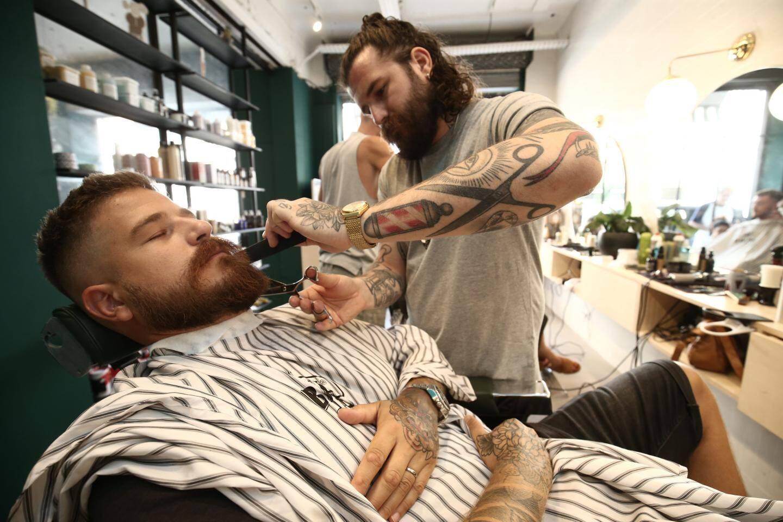 Comptez 15 à 25 euros en moyenne pour une taille de barbe.