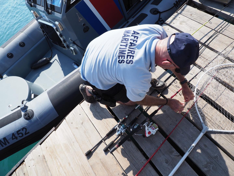 Le matériel est enregistré et risque d'être saisi, comme le bateau.