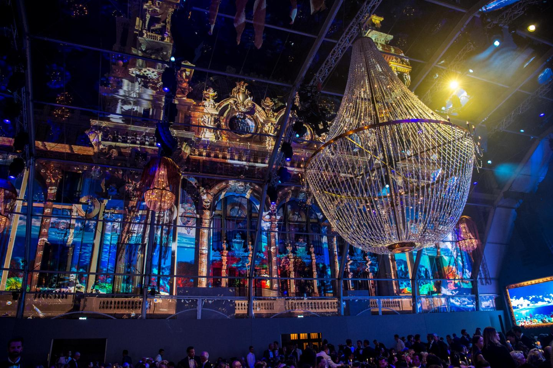 La façade de l'Opéra a fait l'objet de projections sur le thème marin toute la soirée.