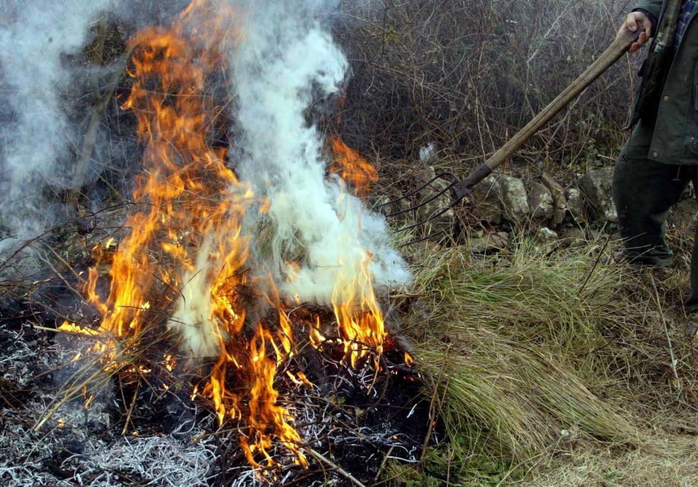 Brûler vos déchets vous expose à une amende de 450 euros.(DR)