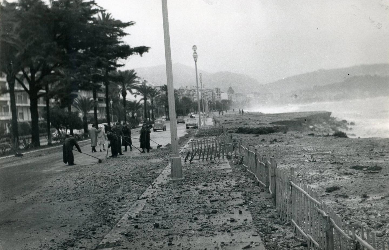 Les dégâts laissés sur la Prom' par le coup de mer du 1er décembre 1959.