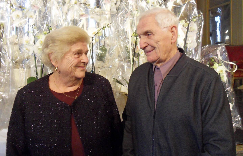 Ginette et Jean-Charles Larue fêtent leurs noces de palissandre.