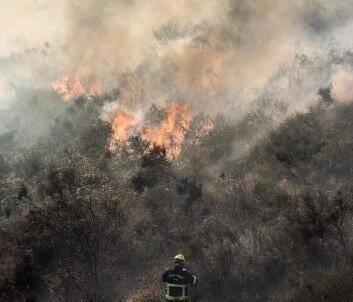 Le feu a été stabilisé ce lundi matin à Tourettes-sur-Loup.