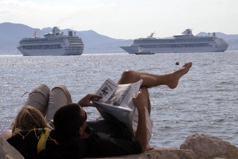 Un des points d'inquiétude qui figurent dans le Schéma de cohérence territoriale : les mouillages pour les paquebots, comme ici à Cannes.