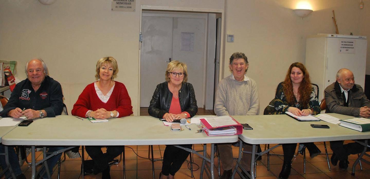 Le comité d'organisation a expliqué les dernières modalités aux constructeurs présents pour la réunion.