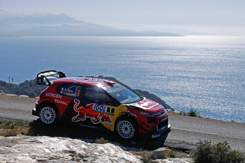 Bien que remonté 3e, Sébastien Ogier devra sans doute patienter pour offrir à Citroën sa 102e victoire en WRC.