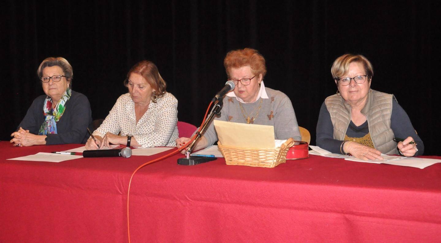 Marie-France Giovannelli, adjointe aux festivités représentant le maire Gilles Vincent, Christine Maréchal, secrétaire de l'association, Nicole Kuhlmann, présidente, et Marie-Jo Bruel, trésorière.