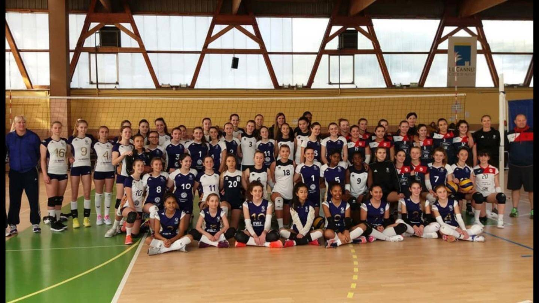 Les participants au premier tournoi du Volero Youngster'sCup.DR