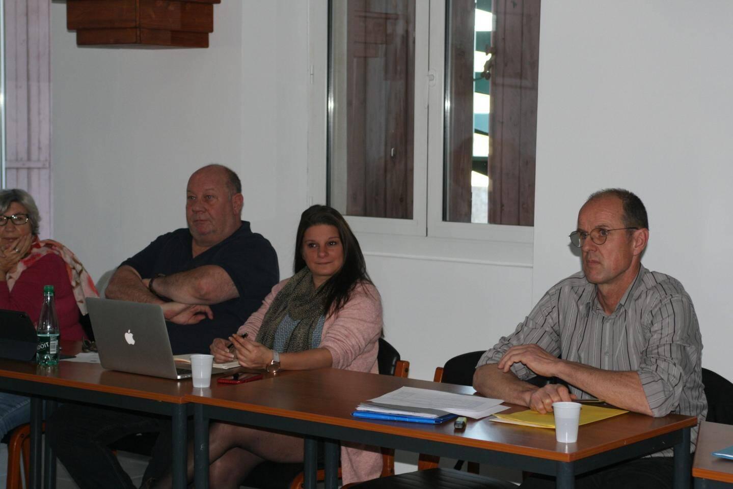 Les élus d'opposition présents au conseil