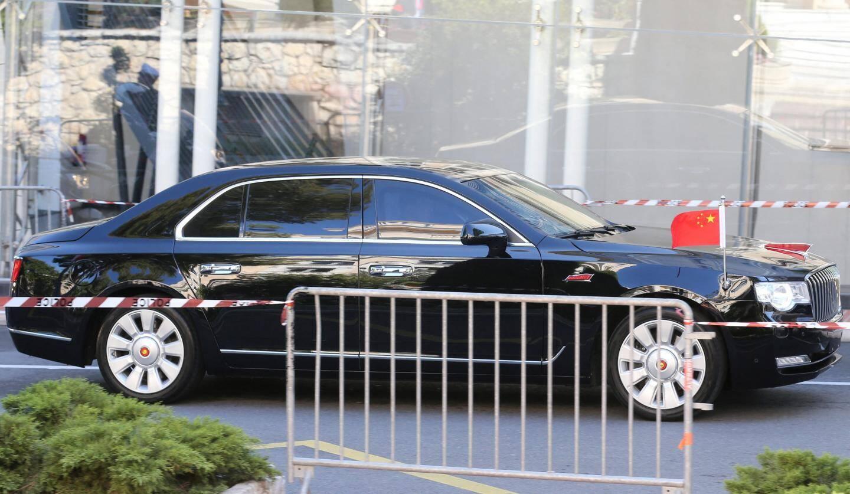 Lors de l'arrivée de la Hongqi, voiture présidentielle chinoise, en Principauté