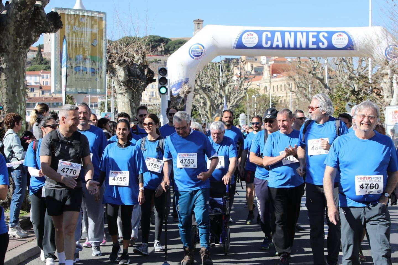Le 5 km, quel succès! Était de la partie une soixantaine de Cannois membres de l'association France AVC 06, (dont le bureau: Francis Le Moine, Dominique Santin et Laurent Toulet).