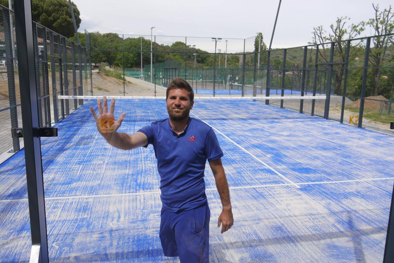 Benoît Miraglio, moniteur de tennis du club est habilité à donner des cours de padel, la discipline ayant intégré la Fédération Française de Tennis.