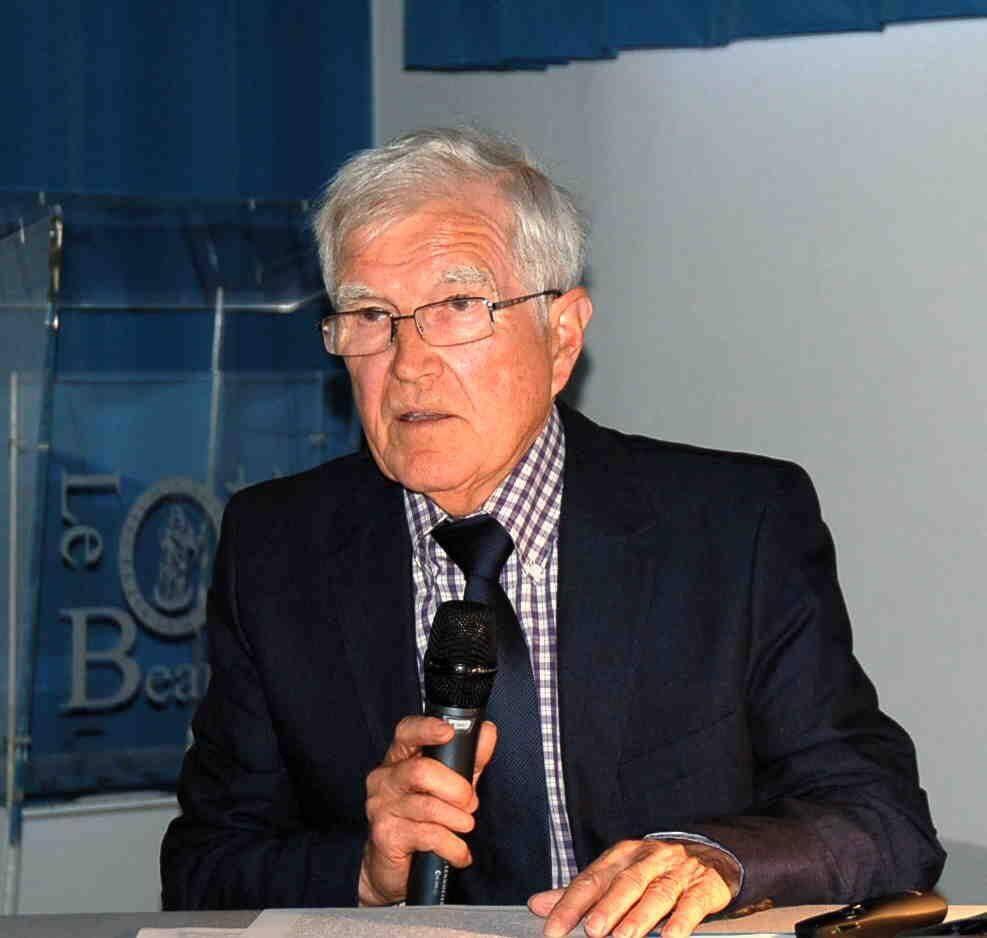 Le professeur Jacques Le Vot.